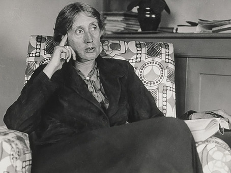 Desalinhando Virginia Woolf: a escritora silenciosa