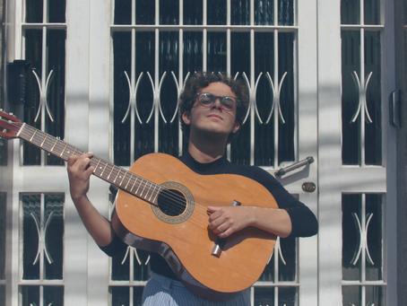 Rodrigo Eugênio: o cancioneiro sentimental