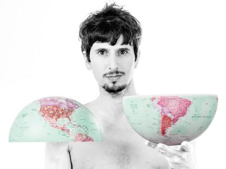 Marcelo Segreto e a América Latina em seu peito