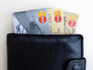キャッシュレス決済から学ぶお金の使い方