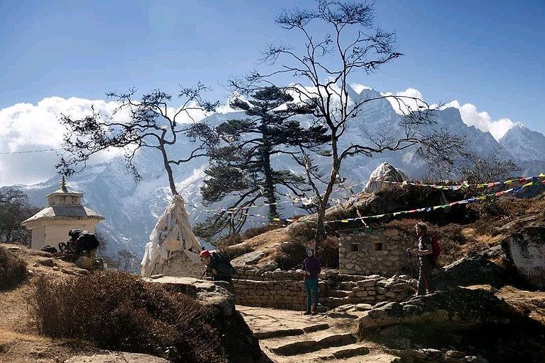 View on the trail from Namache Bazaar to Thame on th Gokyo Ri trek, Nepal