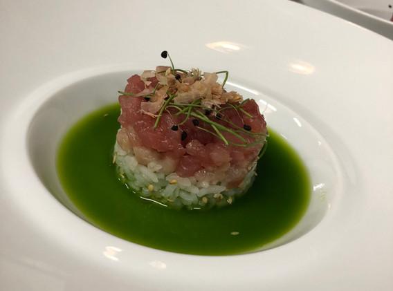 m-culinary_tuna-tartare-stack.jpg