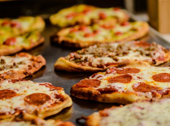 m-culinary_b-and-i_pizza.jpg