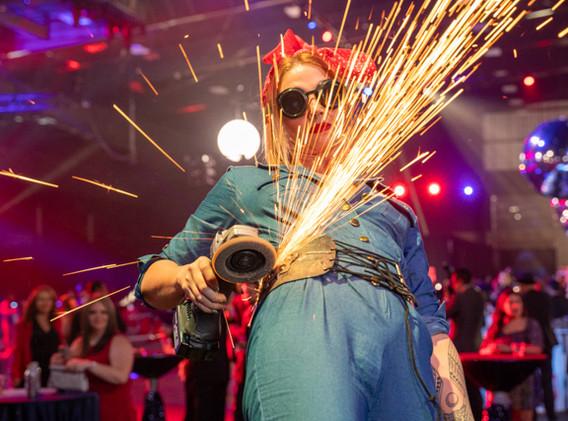 m-culinary_entertainer-metal-grinder-rosie-the-riveter.jpg