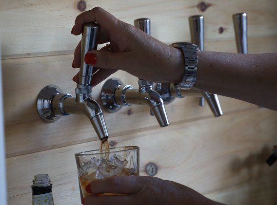 m-culinary_craft-cocktails-on-draught.jpg