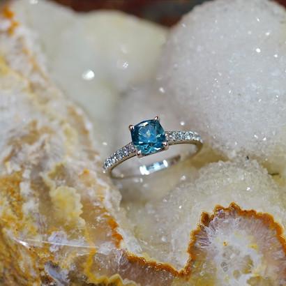 Montana-Sapphire-Ring.JPG