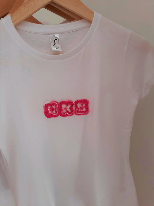 T-shirt Adulto Motivo Rosa e Branco