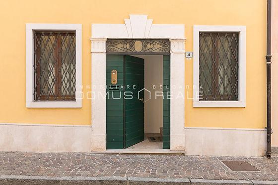 2-Bilocale Castelnuovo.jpg