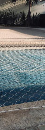 proteção para piscina em uberaba.jpeg
