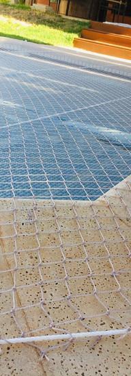 telas de proteção piscinas.jpeg
