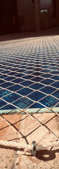 rede de proteção para piscinas e manta termica.jpeg