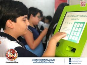 Novo sistema de cartão pré-pago para os alunos disponível para toda a rede Cantinas do Tio Julio.
