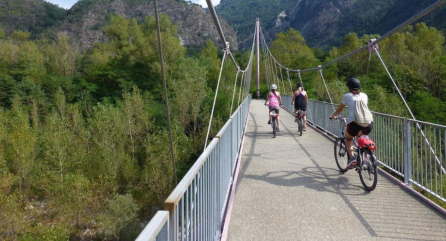 cycling-stresa-lake-maggiore_edited_edit