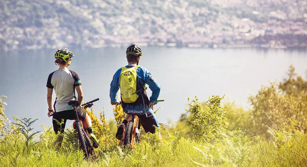 vacanza-gruppo-bici.jpg