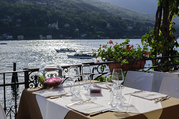 cena-romantica-isola-bella-stresa.jpg