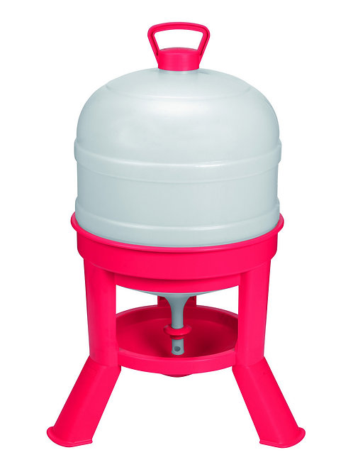 8 Gallon Little Giant Plastic Dome Waterer