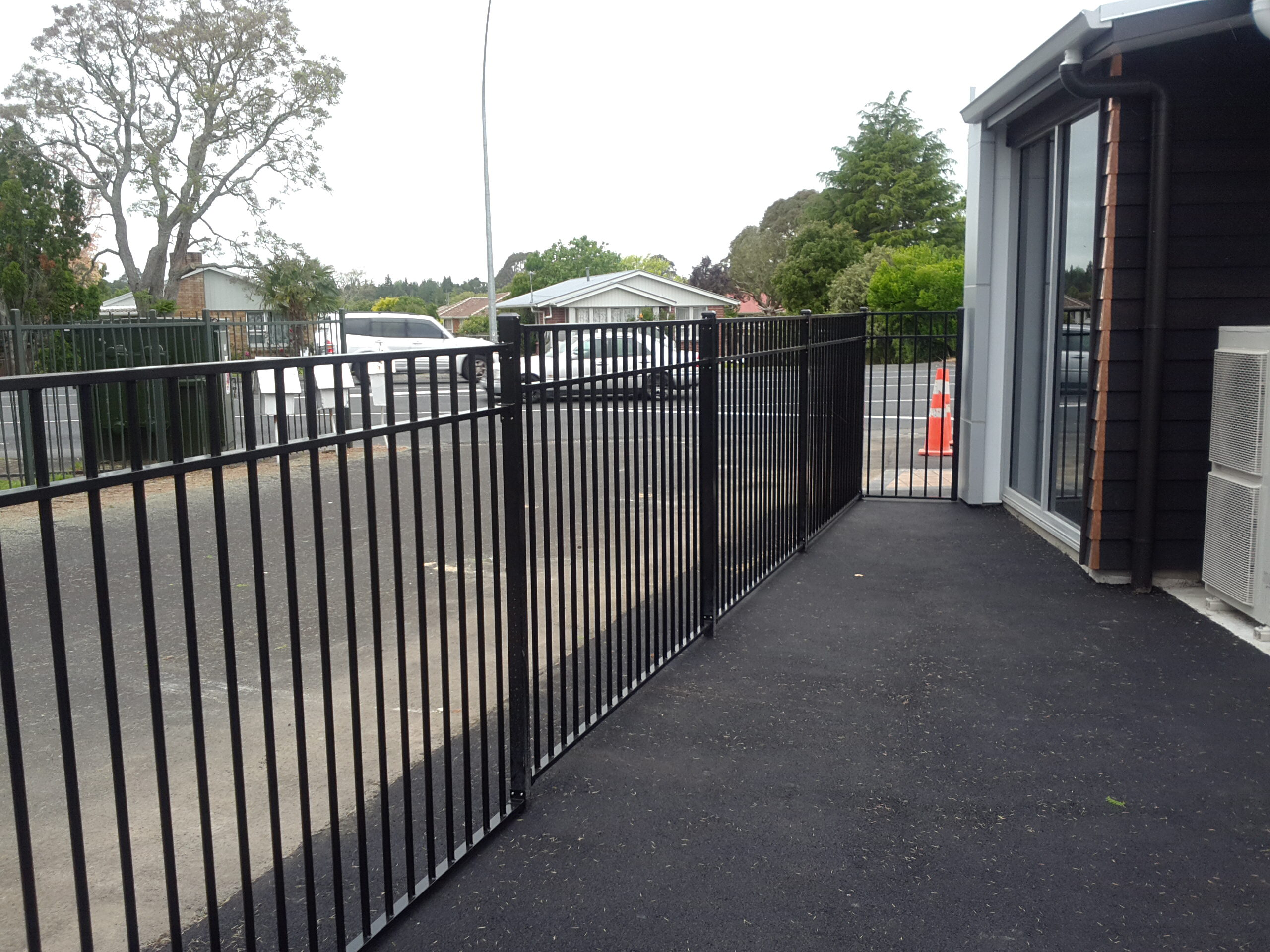 CDM 7 profile fence