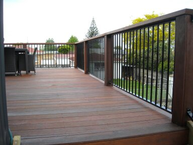 Aluminium insets for balustrade