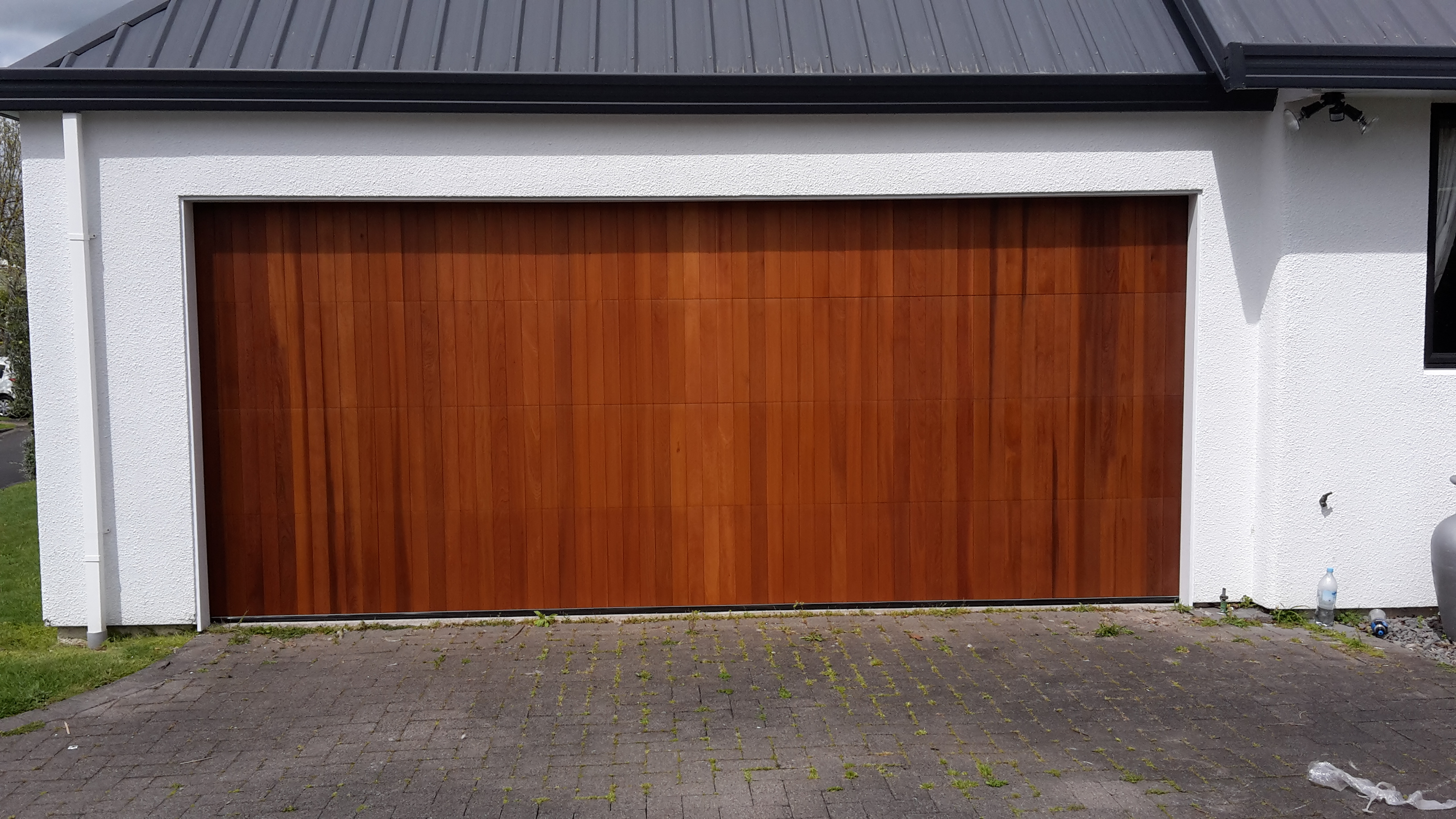 standard vertical cedar sectional door