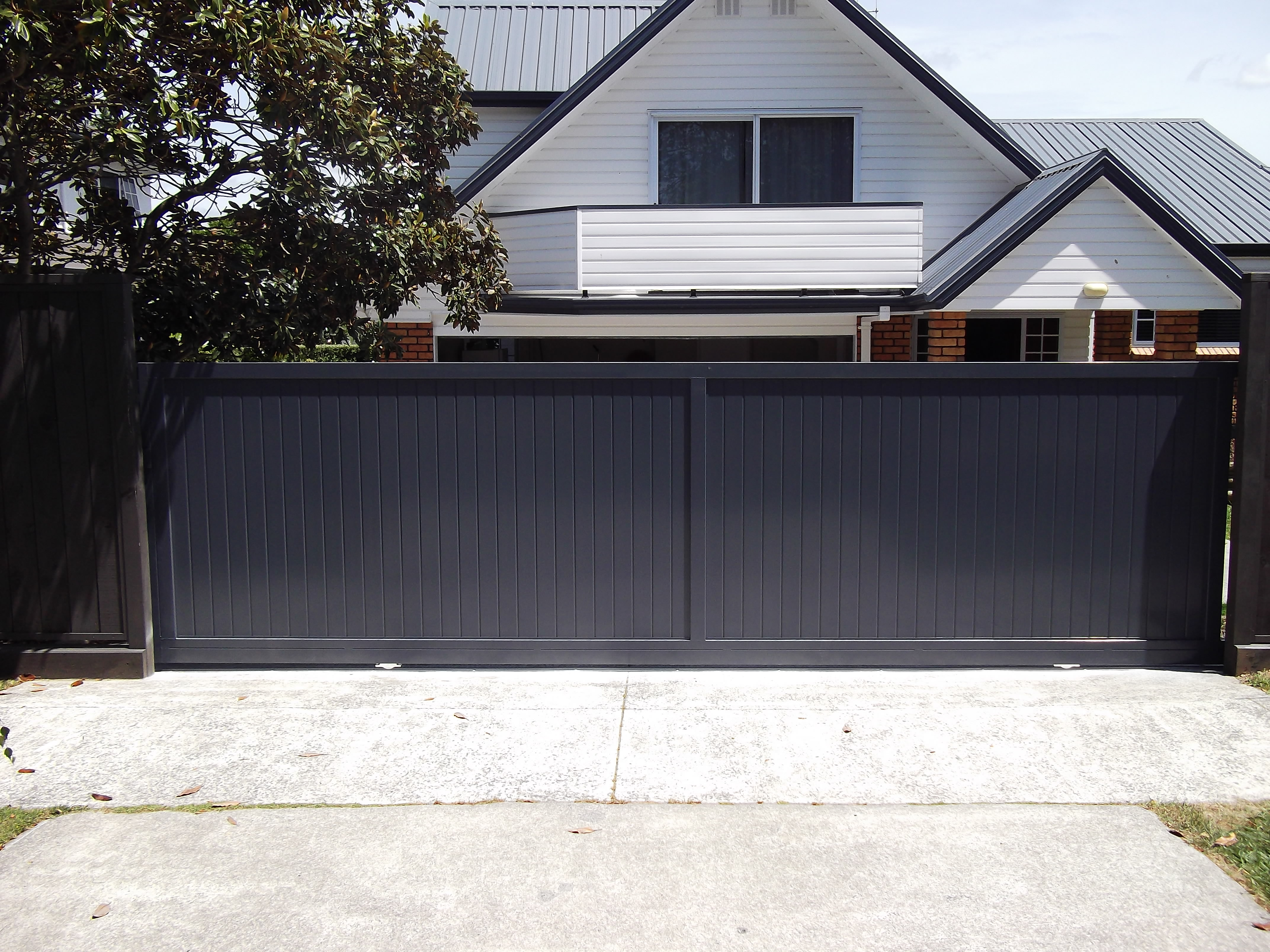 TG+V aluminium sliding gate