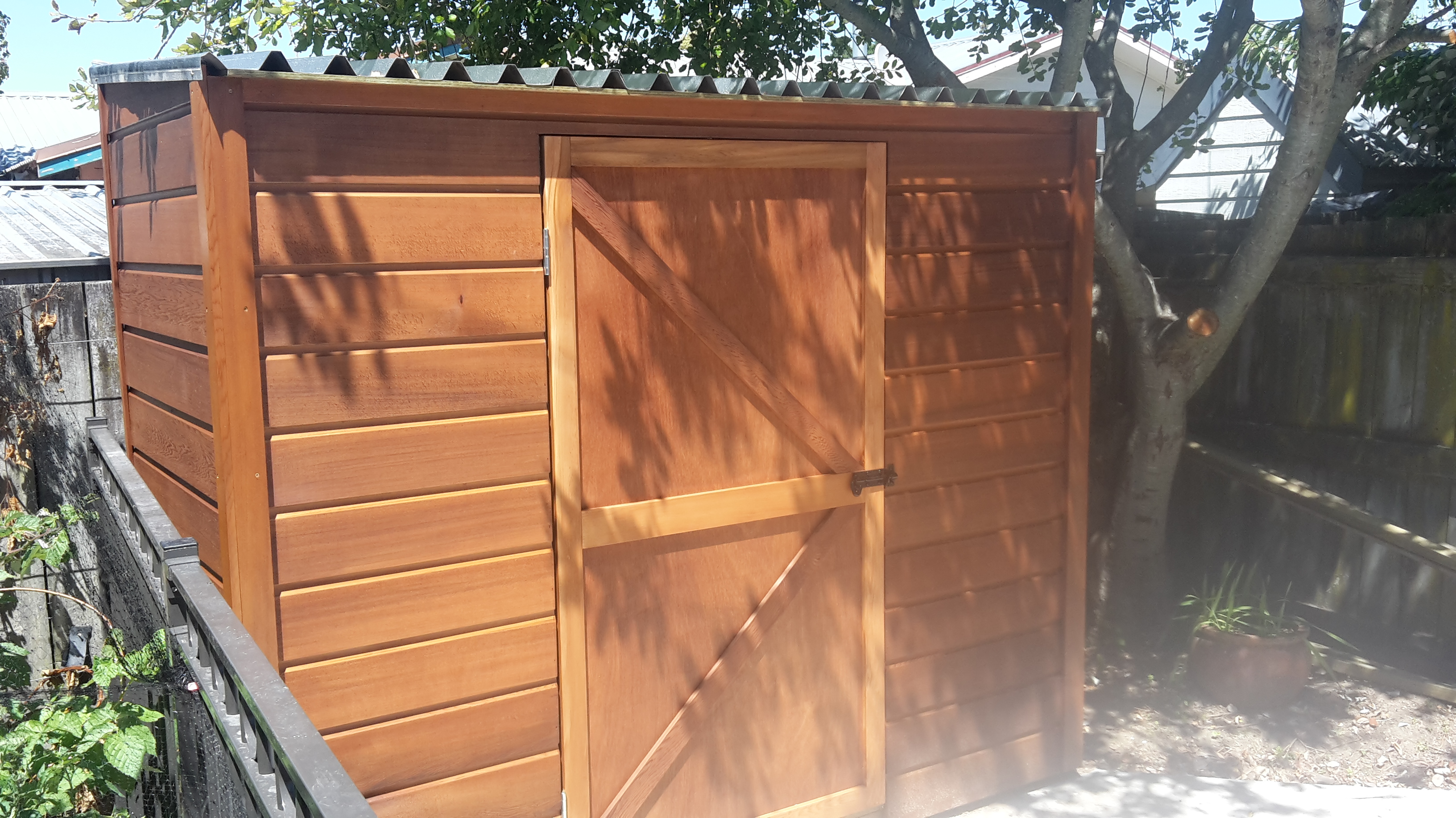 Cedar shed with ply batten door 2