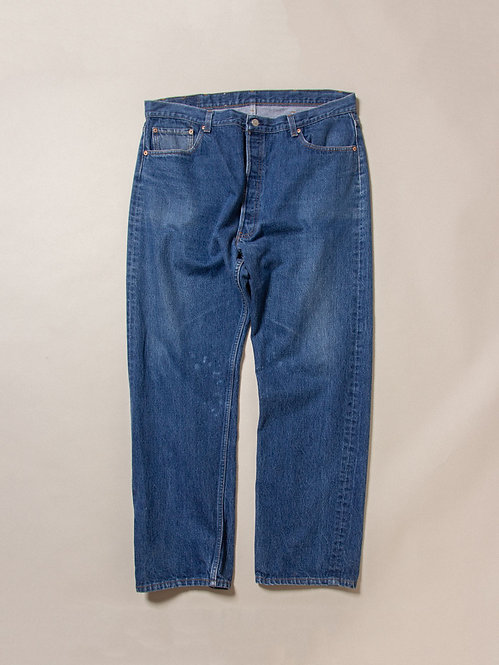 Vintage Levis 501 XX Made in USA (40x32)