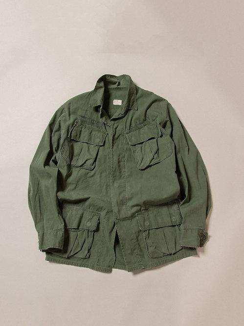Vtg US Army Poplin Jungle Jacket (S-Long)