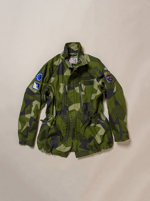 Vtg 1990s Swedish Army Jacket (L)
