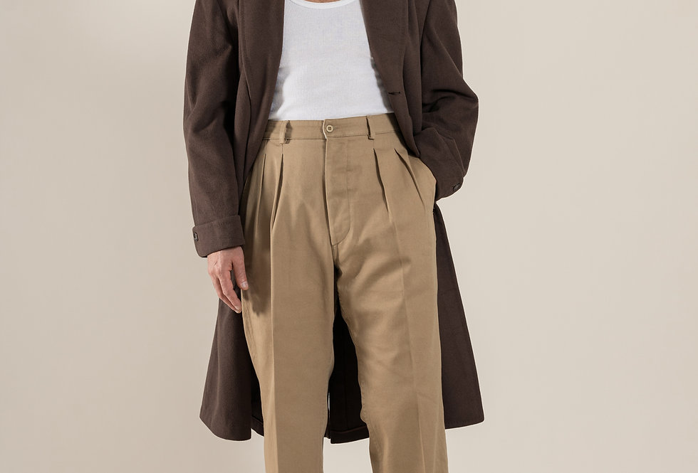 Casatlantic - Tanger in Khaki. Double Pleat cotton trousers inspired by french army foreign legion from the 1950s. High waist