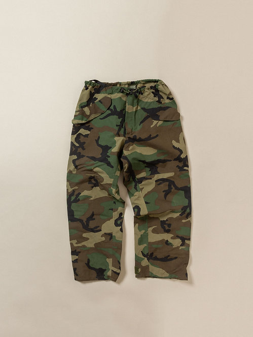 US Army wet weather ski pants vintage in woodland camo