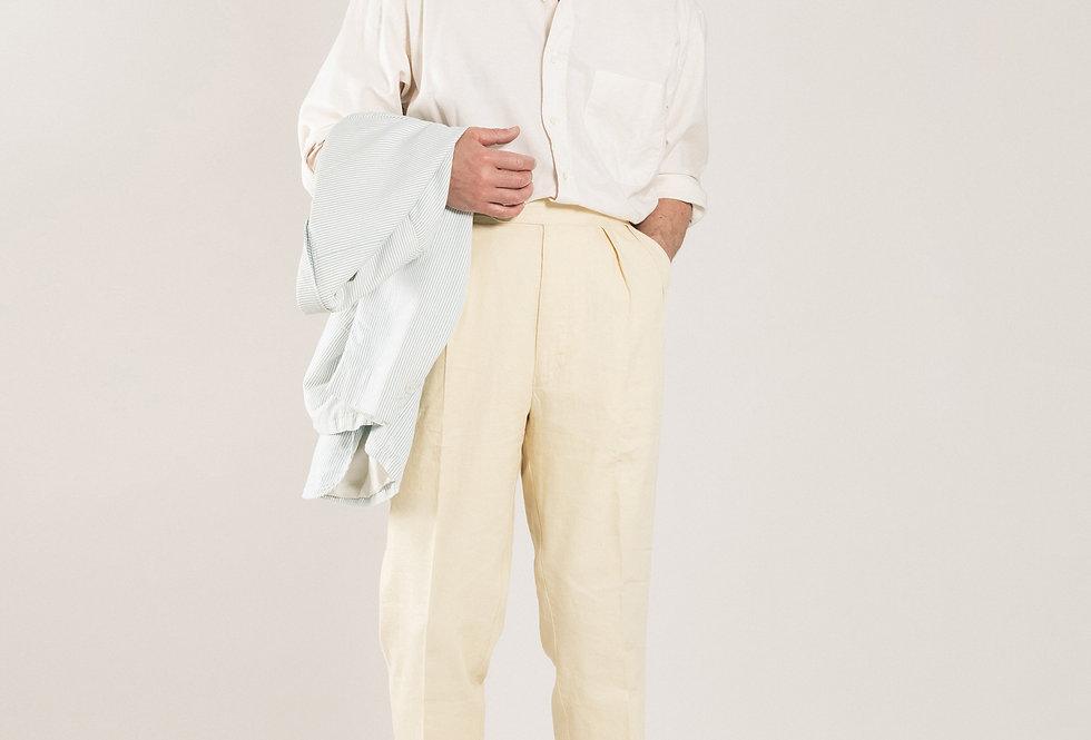 Casatlantic trousers. Model: Safi. Color: Vanilla. Material: linen/cotton. Made in Casablanca.