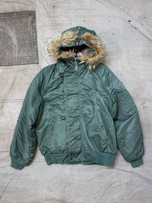 Vintage 1970s US Air Force Golden Fleece Extreme Cold Weather parka flight jacket N2B N5A Front