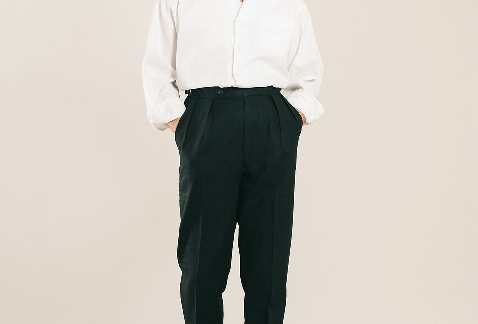 Casatlantic trousers. Model: Safi. Color: Black. Material: linen/cotton. Made in Casablanca.