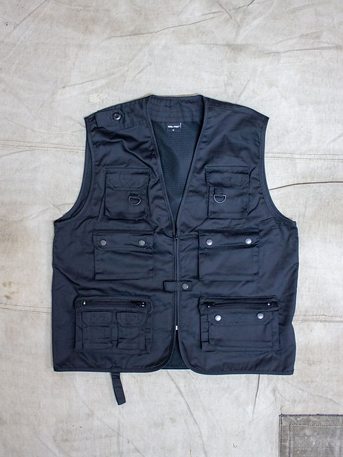 Reporter / Fisherman Vest available in Beige, Black and Navy.