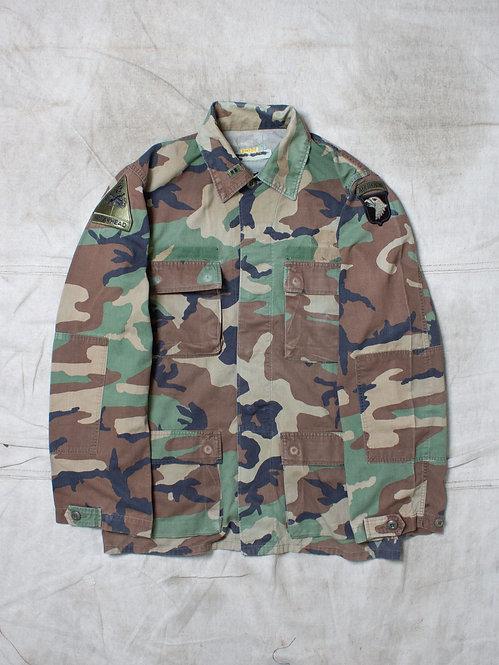 Vtg US Army Woodland Combat Shirt (M/L)