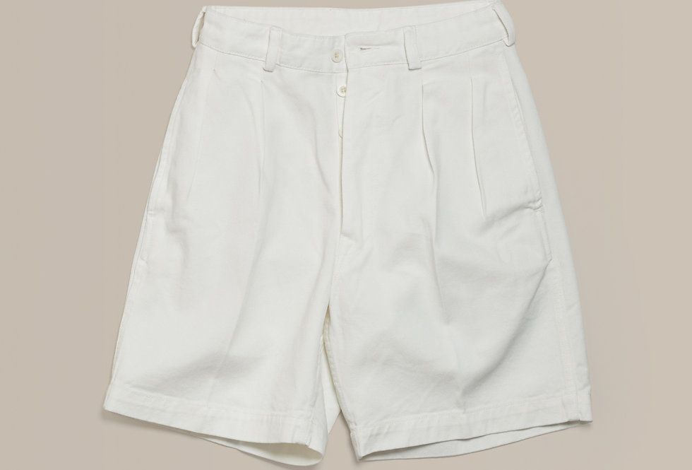 Casatlantic | Tanger - The Officer's Cut | High waisted white cotton shorts with double forward facing pleats