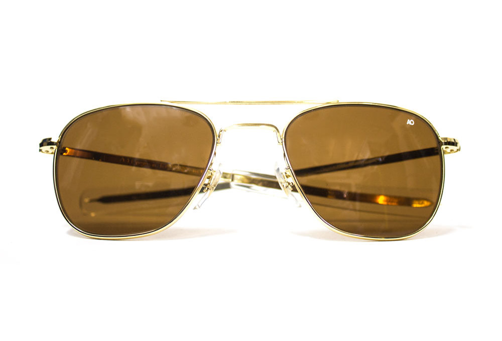 678fdeca1 You're looking at a pair of American Optical Original Pilot sunglasses  manufactured in Massachusetts, USA, since 1958. The company itself was  founded in ...