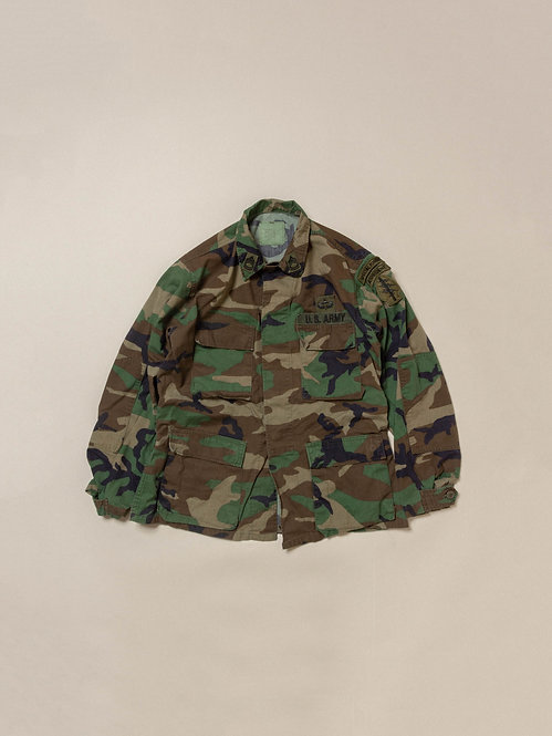 Vtg US Army Woodland Jacket (M-Regular)
