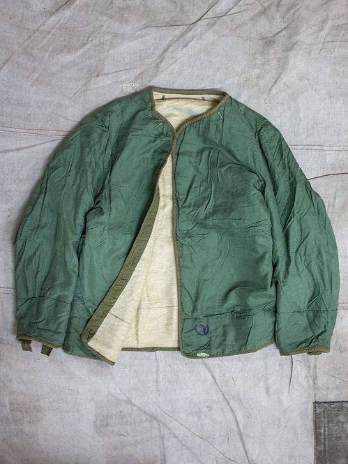 Vtg 1950s M-50 M-51 liner jackets in terry cloth and parachute fabric