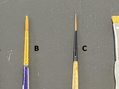 Quel pinceau choisir pour faire de belles lignes en peinture?