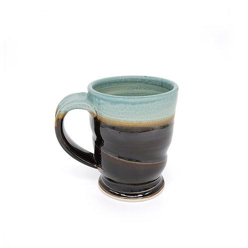 Mug in Copper | Black glaze
