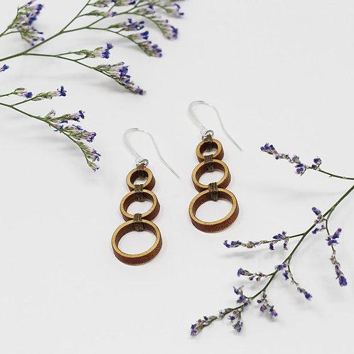 Omvaye Earrings