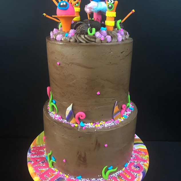 Trolls chocolate buttercream cake