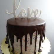 Buttercream Dripping Cake