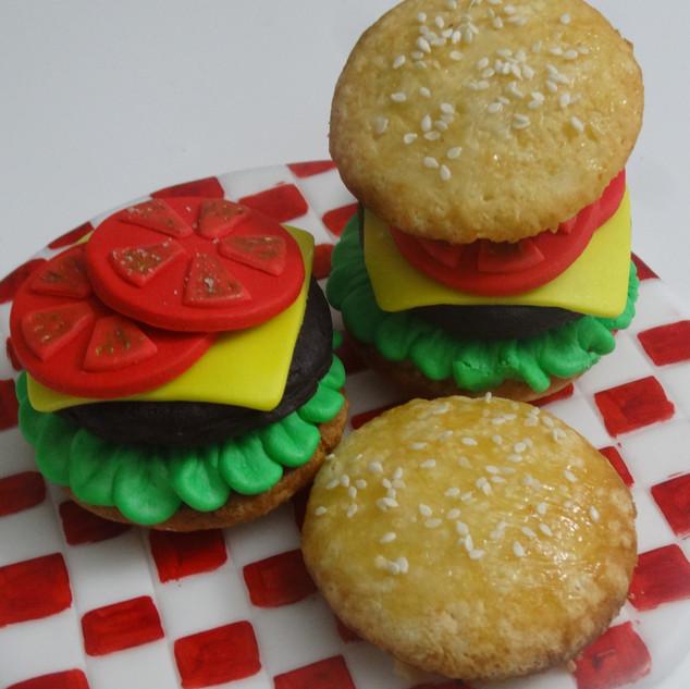 Burger Cupcake