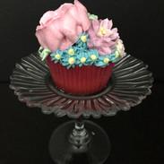 Buttercream flowers cupcake