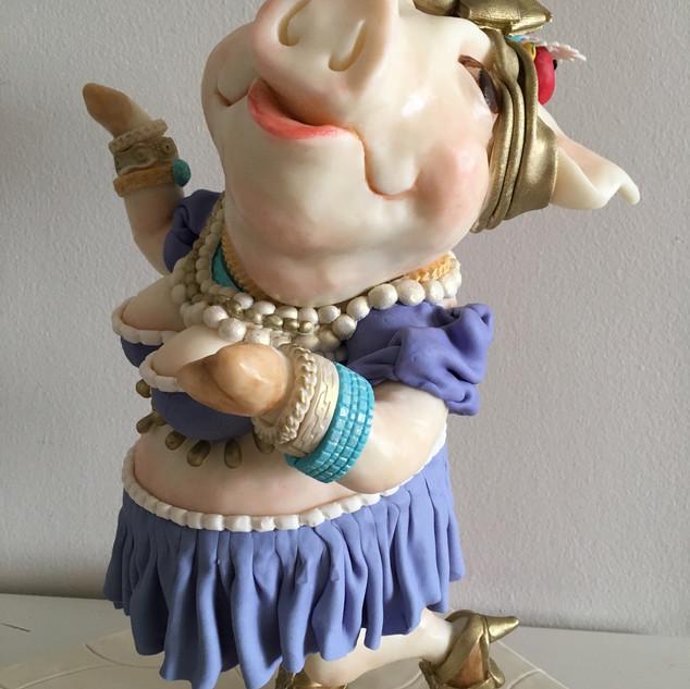 Pig Miranda Sculped Cake