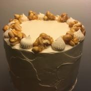 Peanutbutter buttercream cake