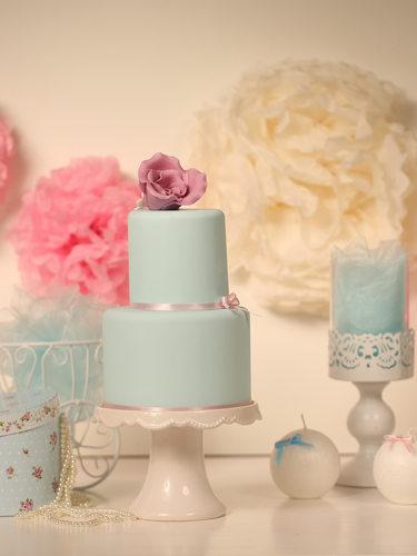 bigstock-Blue-Wedding-Cake-94716962 (1).
