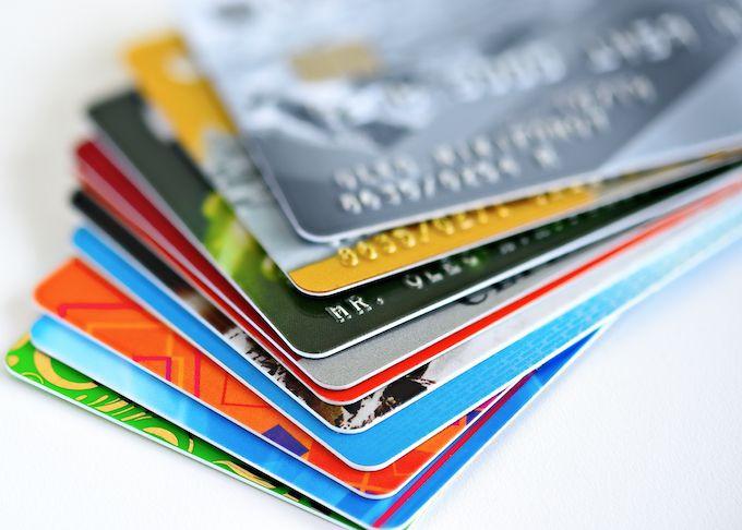 University students, credit cards, Millennials